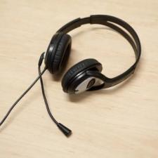 headset 215